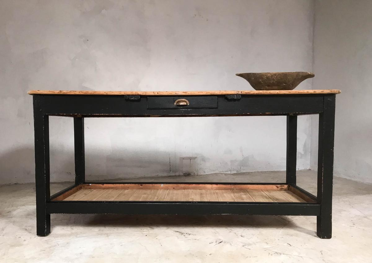 Early 20th Century English Pine Rustic Farmhouse Potting Table Kitchen Island